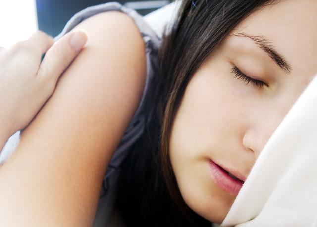 Relájate con la respiración 4-7-8 y concilia tu sueño