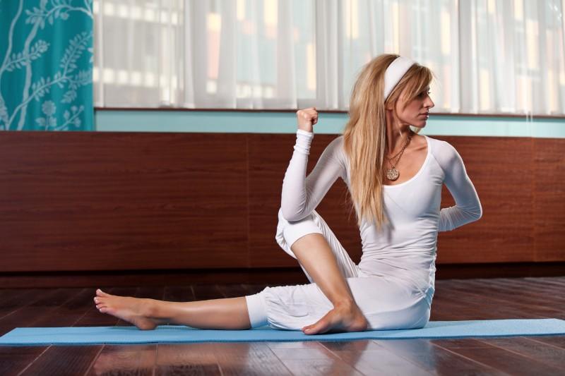 ¿En serio el yoga te destroza el cuerpo?