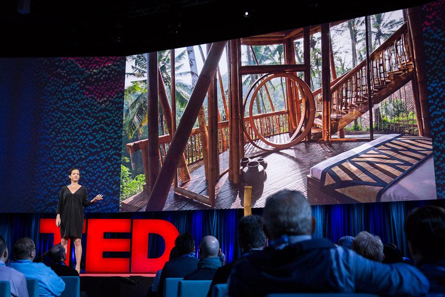 Elora Hardy en el TED, casas mágicas hechas de bambú